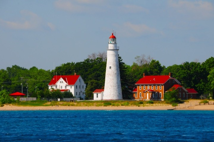 fort-gratiot-lighthouse2
