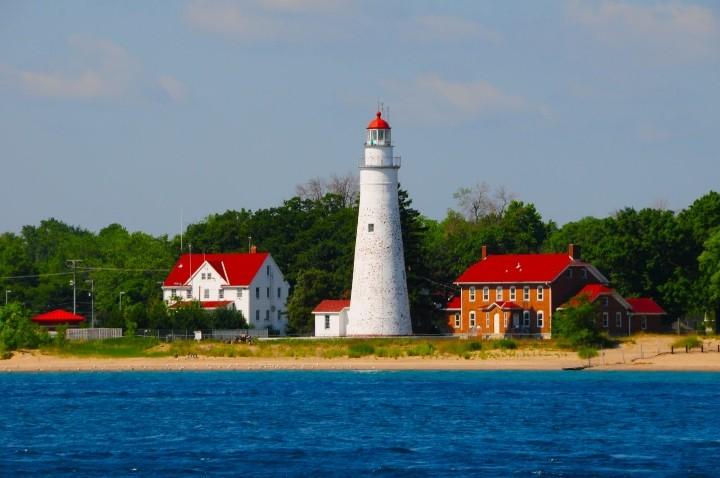 fort-gratiot-lighthouse2