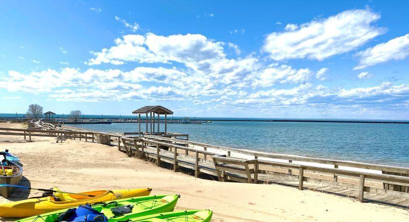 Port-Austin-Beach-Kayaks-ks-bird-creek-park-sized-smaller