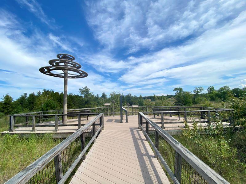 port-crescent-state-park-day-use-area-birds-of-prey-observation-deck-ks-2020-sz-800