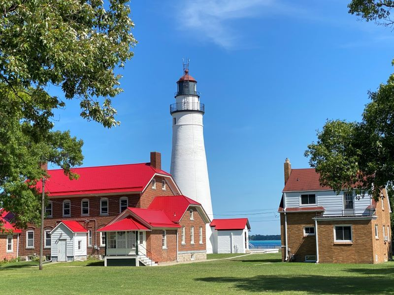 Fort-Gratiot-Lighthouse-pic-5-ks-2020-sized-800